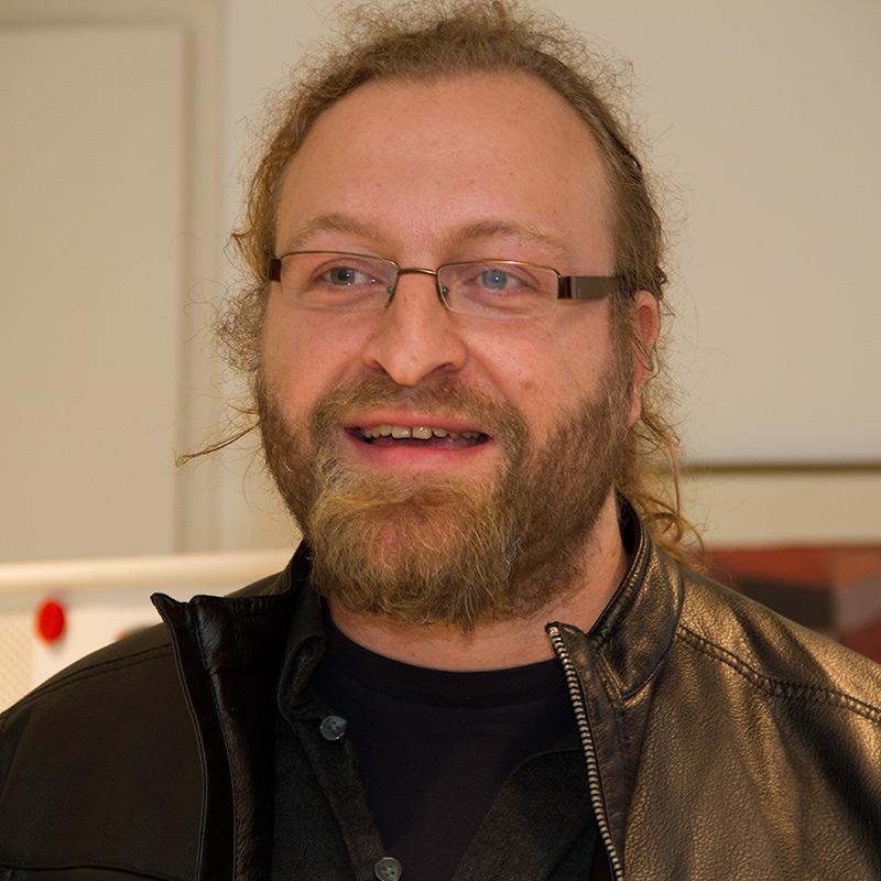 Dr. Manuel Leupold