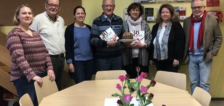 Sandra Horstmann (Leitung Familiencafé), Harald Müller (1. Vorstand/AWO), Nina von Schirnding (Familiencafé), Christian Dittrich (1. Vorsitzender/Förderverein), Anita Schindler (Förderverein), Brit Hupp-Alter (Geschäftsführung AWO), Hans-Dieter Schiffauer (Kassier/AWO)